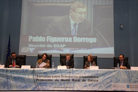 Imaxes - Xornada sobre as instrucións de desenvolvemento da Lei 9/2002, de 30 de decembro, de Ordenación Urbanística e do Medio Rural  de Galicia, na redacción